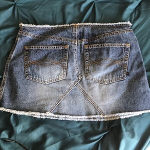 Abercrombie & Fitch Skirts - Abercrombie & Fitch Jean Mini Skirt Size 6